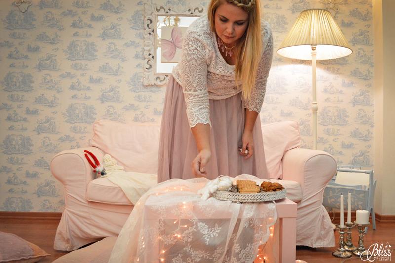 Manto Theochari, Wedding planner, Santorini Bliss Weddings office, Seasons Greetings, fairylights, Christmas, sweets,candles, lace, pink, blue, decoration, happy new year